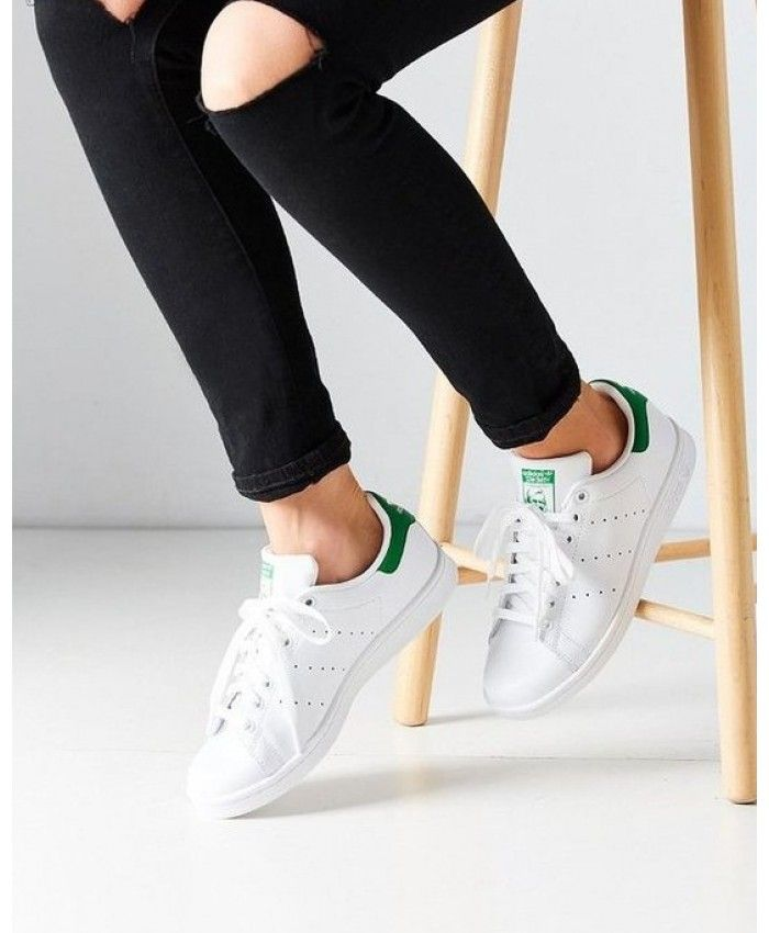 Adidas Stan Smith Womens Trainers In White Green