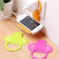 Teléfono barato soporte plegable de suspensión de pared adaptador de cargador de teléfono sostenedor de carga para Tablet teléfono móvil Mobile Phone Holder MP3 MP4