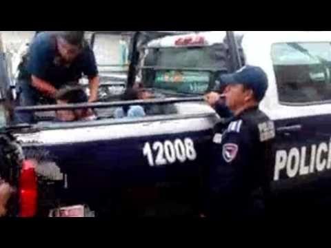 Política y Sociedad: Detenidos cuatro asaltantes...con un arma de balin...