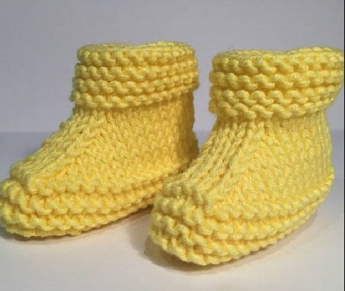 Nagyon csinos bébi cipő: Az egyszerűsége fogott meg és mégis nagyszerű séma Kellemes időtöltést ...