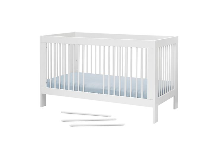Basic Cot Bed / Junior Bed with Changing Table | 140x70 cm | White
