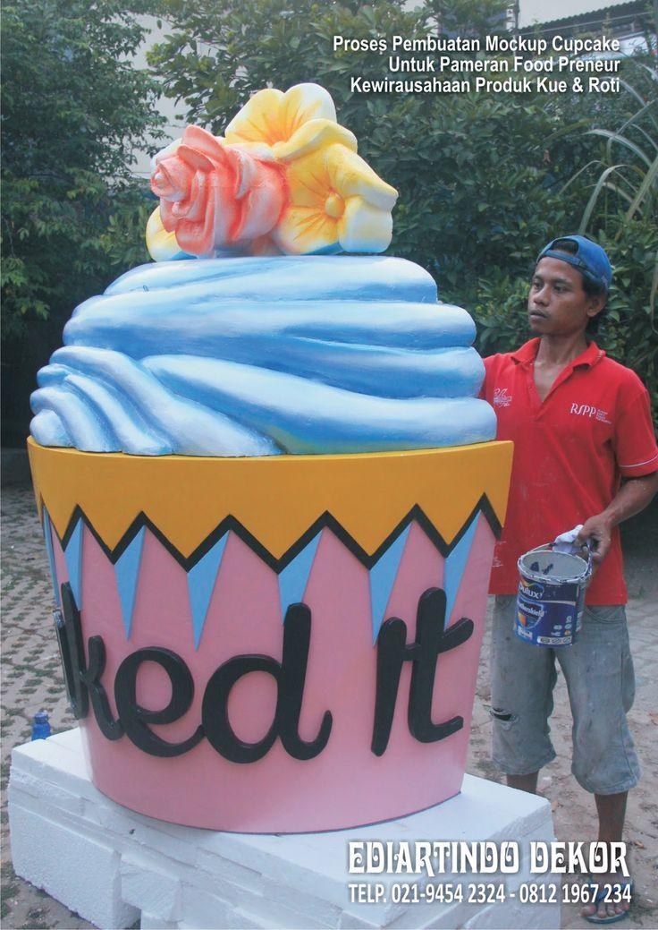 Pembuatan Mockup Cupcake