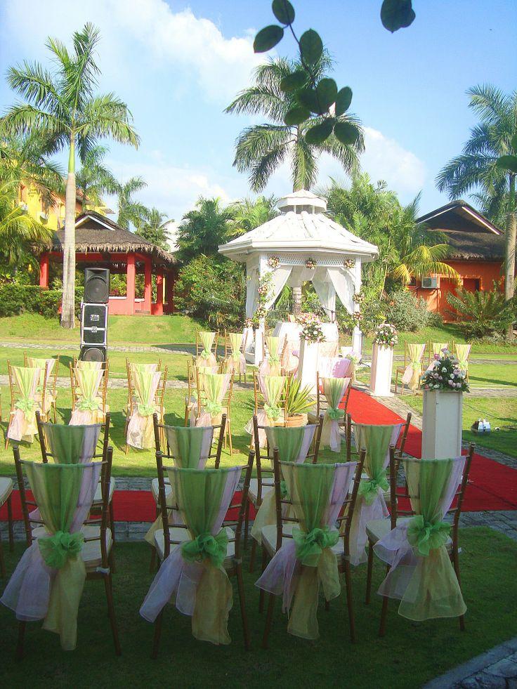 Champagne Hall at Gazebo Royale [www.kasal.com] | Garden Weddings ...