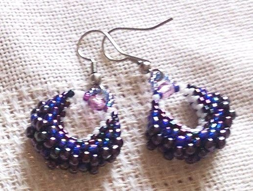 blue lilac bead earrings/kék lila kistáska fülbevalók