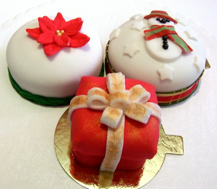Special Occasion Individual Cakes - Our special occasion individual cakes, made with your choice of red velvet, chocolate or yellow cake, are layered with apricot or raspberry jam and buttercream, and then covered with a layer of marzipan and fondant.  Cakes are decorated for various holidays and celebrations. - http://www.andros-kitchen.com/special-occasion-individual-cakes/