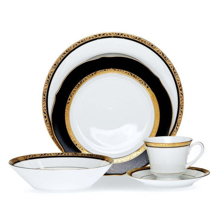 The Noritake Regent gold and black dinnerset is a striking and stylish option for your next dinner party. Available #fromthomas in store or online www.thomasjewellers.com.au #thomasjewellers #ilovethomas