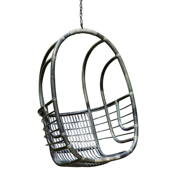 Rotan hangstoel model Sandy zwart, van 219 euro nu voor 179 euro.  Specificaties  Hoogte:115 cm Breedte:58 cm Diepte:80 cm materiaal: rotan kleur: naturel, zwart of wit   Hierboven in het dropdown menu kunt u een keuze maken uit