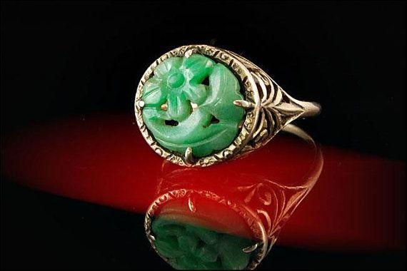 Anillo Jade vintage, Vintage anillo, anillo de Jade, anillo de jadeíta, joyería de Jade, joyas Vintage, anillo verde, Chino tallado anillo de filigrana de oro de 14 k