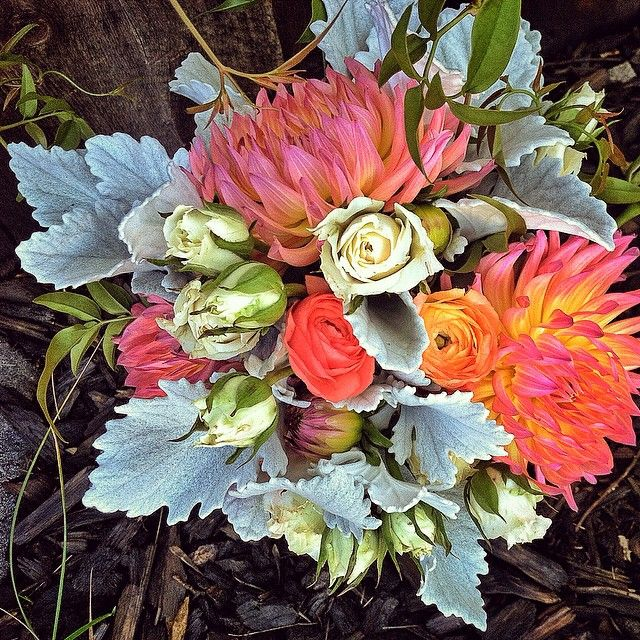 Bridesmaid bouquet for last weekend's wedding at Sapphire Point.  Photo by Stacy Sanchez  petalandbean.com breckweddings.com  #breckweddings