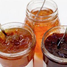 confiture maison...abricot, prunes, fraise