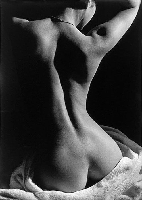 Faceless voice erotica