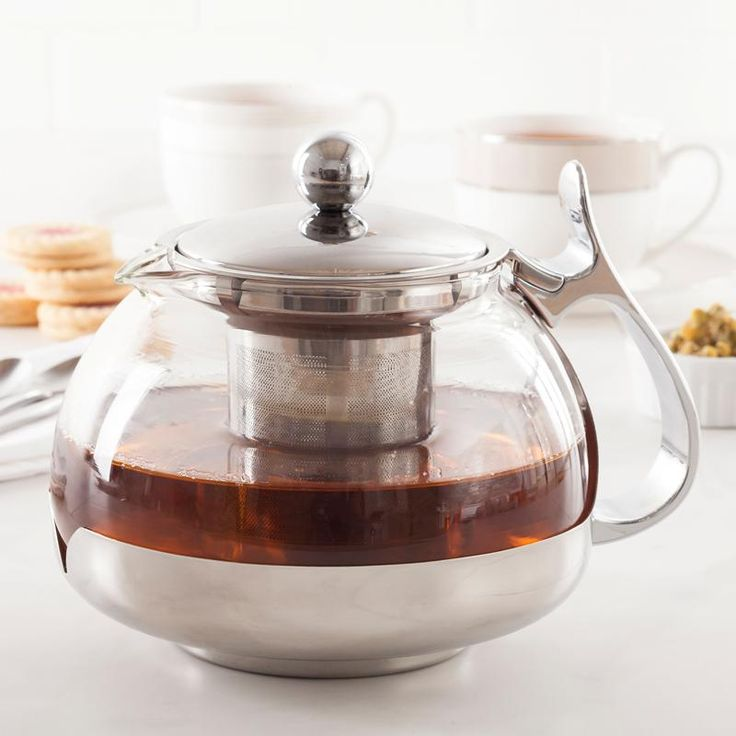 Our Infuse Glass Teapot is ideal for brewing loose leaf tea for 3 - 4 people. With a generous size stainless steel mesh strainer any tea can be brewed to a great taste - black, green, white, oolong or herbal. The strainer is easily removable to prevent over-steeping and for cleaning. The clear heat-resistant glass body allows one to fully appreciate the final colour of your steeped tea. Alternately, remove the strainer completely and this pot is ideal for presenting blooming flower tea.