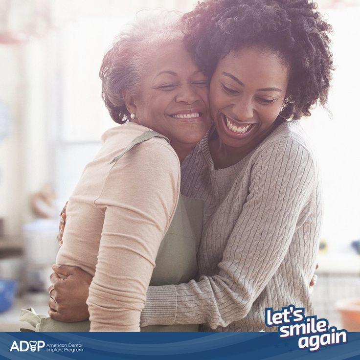 Does getting your smile back have to be painful? NOT with  #ADIP! We strive for  our patients' comfort, above all!  #LetsSmileAgain --  ¿Recuperar la sonrisa tiene que ser doloroso? Con #ADIP, ¡NO! ¡Nuestra principal preocupación es la comodidad de los pacientes! #LetsSmileAgain
