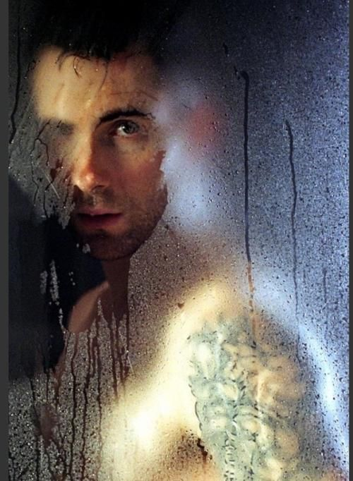 Adam Levine. Can I PLEASE have him?!?! PLEASE PLEASE PLEASE!!!!!!!!!!1
