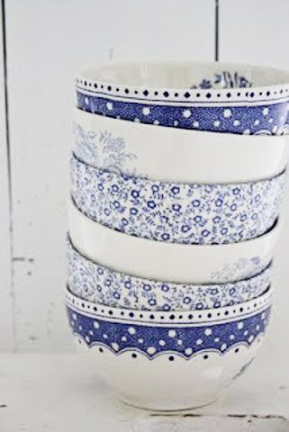 Blue and white bowls  -  love the combination of patterns