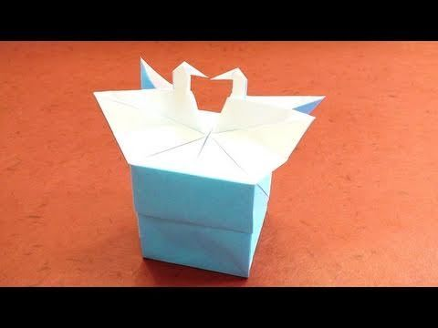 Love Swan Box Origami Instructions (Tadashi Mori) lo ho usato tipo bomboniera quando il mio secondo bimbo si è battezzato il significato è associato ad un messaggio mormone che parla della nostra identità di figli di Dio dove si parla del brutto anatroccolo che scopre il suo riflesso di cigno