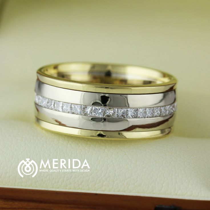 Men's diamond wedding bands at Merida Diamonds
