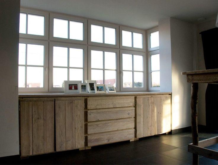 Maatwerk dressoir van steigerhout