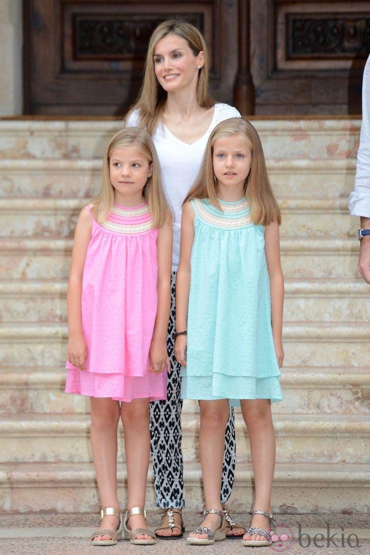 królowa Hiszpanii Letizia, infantka Sofia i infantka Leonor