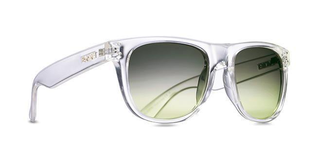 """Com """"inspiração rock and roll"""", chega às lojas os óculos Evoke On The Rocks. Um modelo com referências de óculos clássicos, confira."""