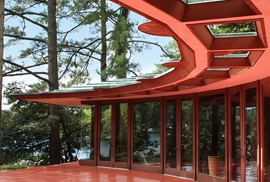 Frank Lloyd Wright's Cooke House on sale in Virginia Beach... seems like a deal at $3.4M... I've been corrupted by NY real estate prices