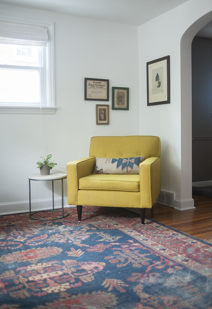 Yellow Chairs Living Room 25 Best Ideas About Yellow Armchair On Pinterest Yellow Chairs