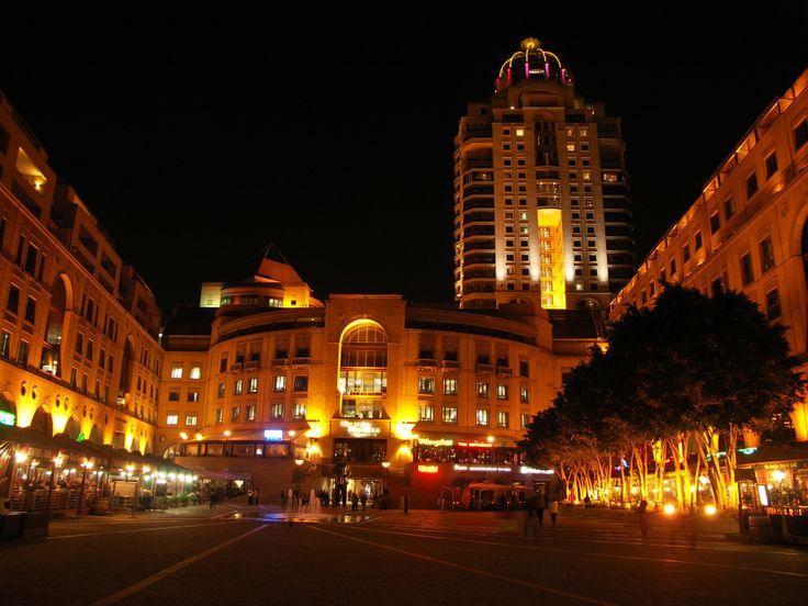 Nelson Mandela Square - Sandton, Johannesburg