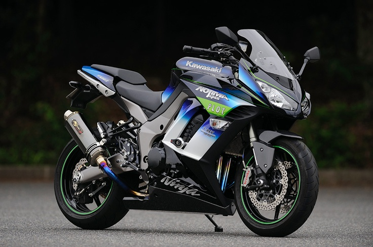 Kawasaki Ninja 1000 by Nojima ..nice.. But I will learn on a 250  (with support or by stealth) !
