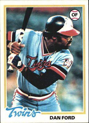 1978 Topps Minnesota Twins Baseball Card #275 Dan Ford - NM