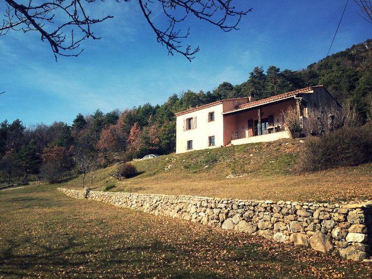 Mooie Provençaalse villa gelegen aan de rand van het dorpje La Bastide€295000