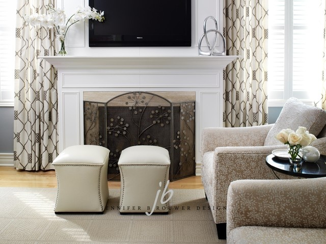Another family room idea love it between the two floor to ceiling