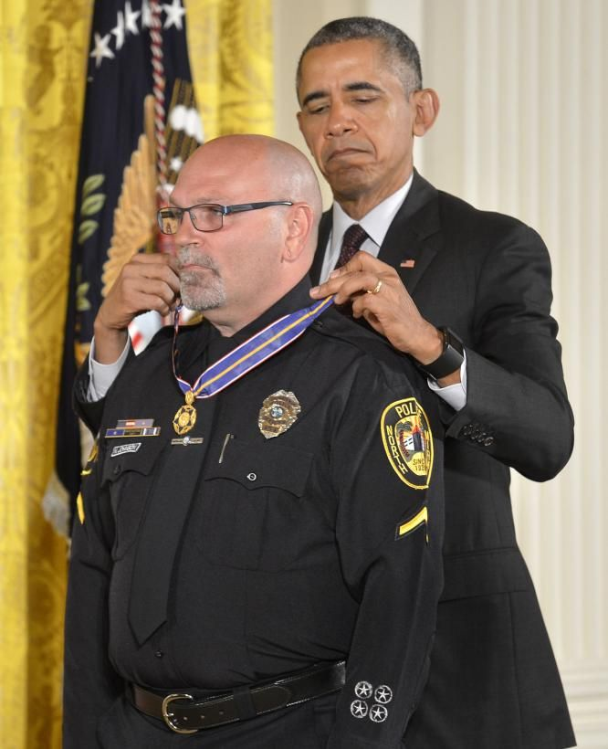 13 police officers awarded Public Safety Officer Medal of