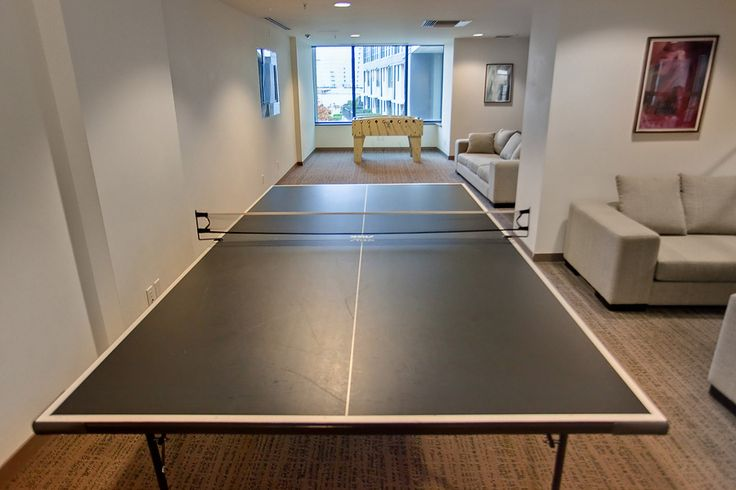 9 Smithe Mews Amenities - Ping Pong Table