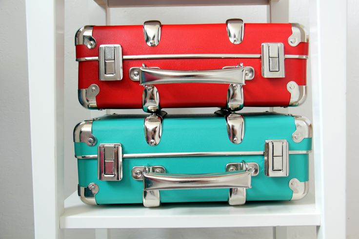 #Kazeto riveted suitcases #red and #mint