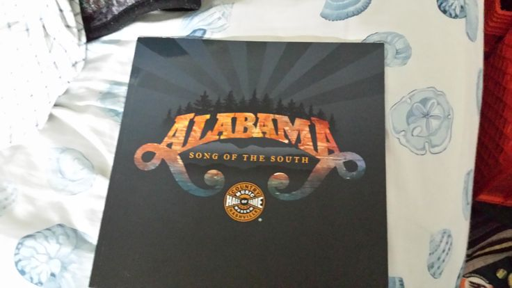 """""""Alabama: Song of the South"""", an excellent collectible photobook that is a must have for any Alabama fan"""