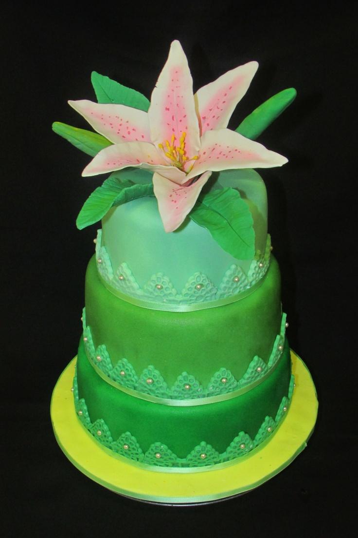 #lilium cake