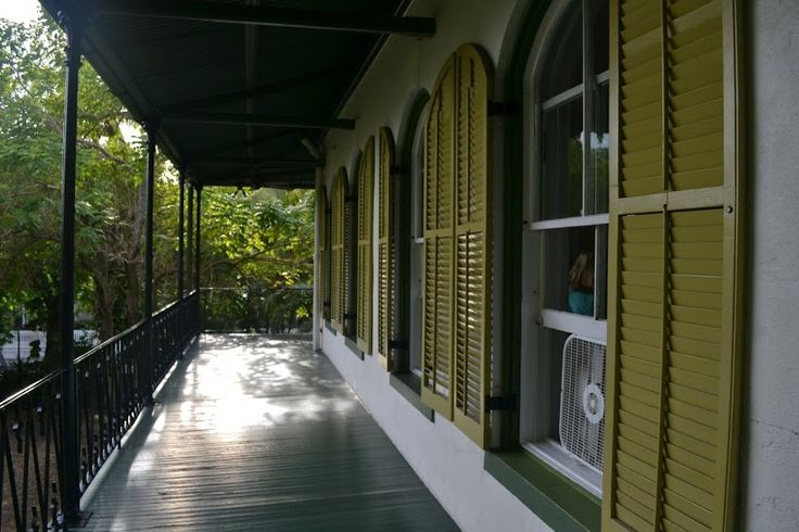 Ки-Уэст, Флорида: Дом Эрнеста Хемингуэя (Ernest Hemingway House, Key West, Florida)