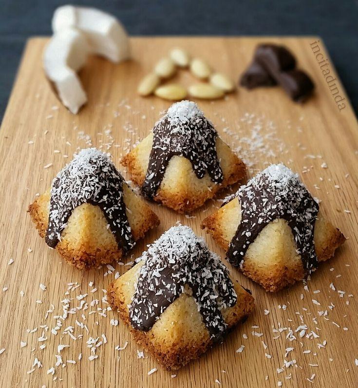 Bademli piramit kokos