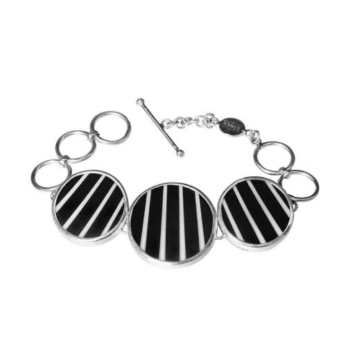 Pinstripe armband #sägen #jewelry #jewellery #bracelet #black #white #grey #50shades #nordicdesigncollective