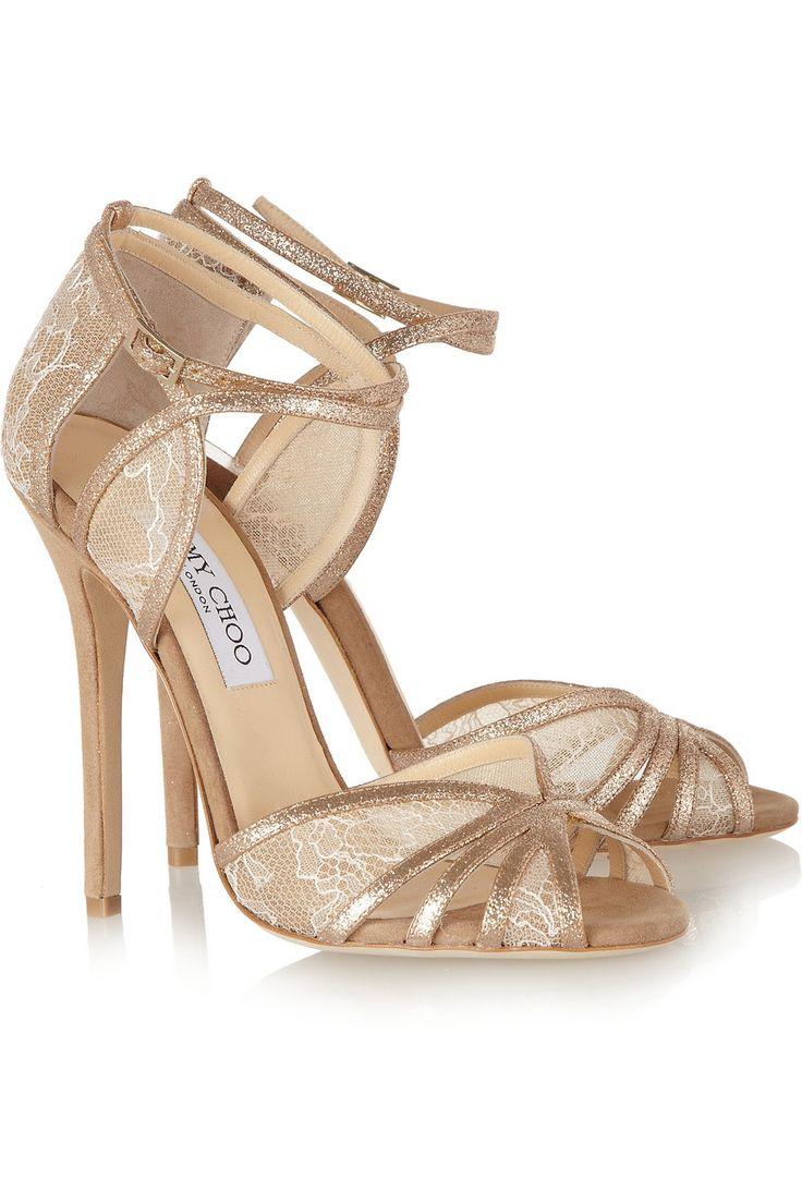 Chaussures de mariage / wedding shoes Jimmy Choo Sandales à talons en daim pailleté et dentelle Fitch