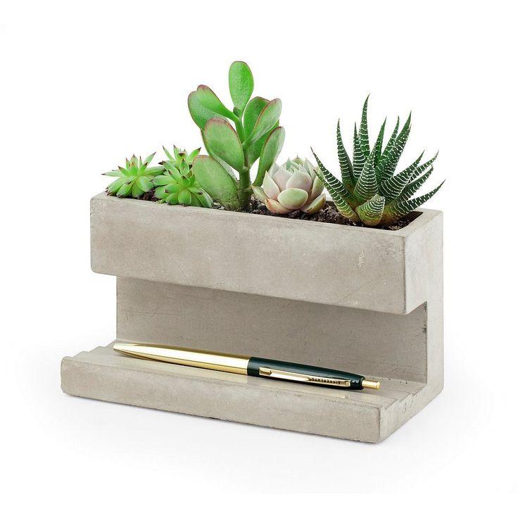 Hoe stoer is deze betonnen pennenhouder van Kikkerland!