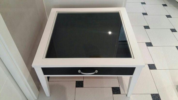 Mesa repintada con chalky