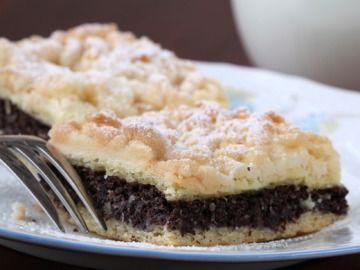 Makový koláč s ořechovou drobenkou