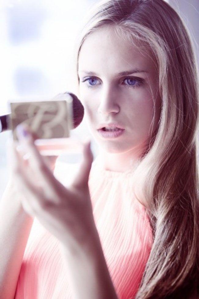 De ideale belichting voor het aanbrengen van make-up (en een aantal goede make-up spiegels met verlichting)