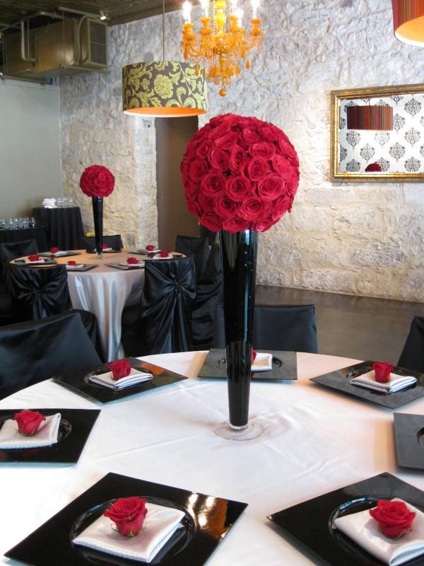 Red, Black And White Reception Table Decor.