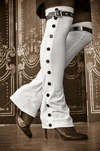 I found 'White Steampunk Leg Warmers' on Wish, check it out!