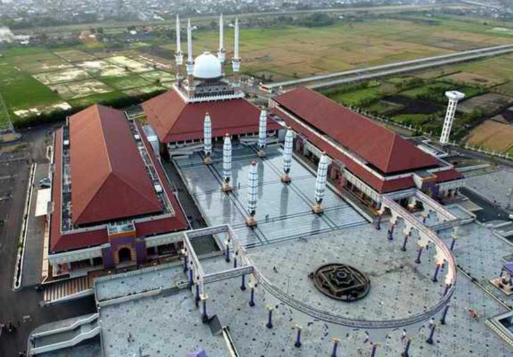 Masjid Agung Jawa Tengah Semarang Central Java