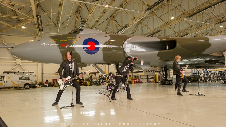 Knock out Kaine start to play in front of #XH558. Not many bands can claim having that kind of backdrop! - Pic by Bob Balmer