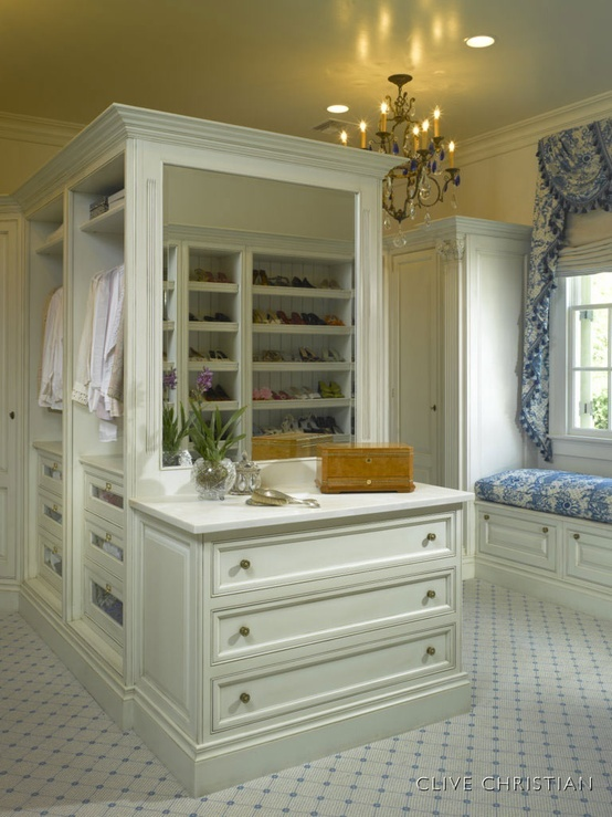 25 best clive christian interiors images on pinterest for Dressing room furniture