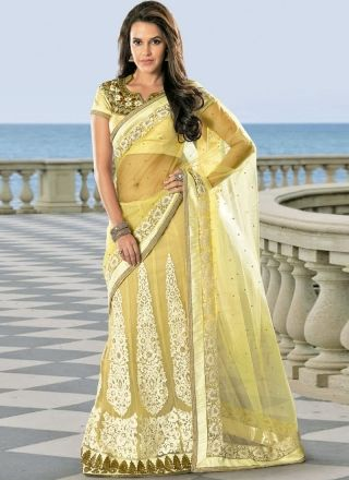 Pure Georgette Yellow With Work Bollywood Saree http://www.angelnx.com/Sarees/Bollywood-Sarees
